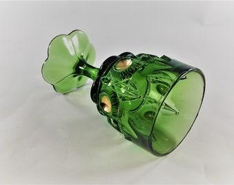 Beautiful Emerald Green EAPG Wine Glass - U.S. Glass No. 15117 Newport (OMN) - Bull's Eye and Daisy - Circa 1909