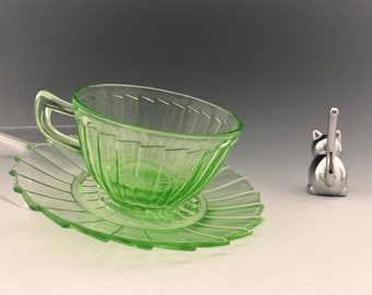 Jeannette Sierra - Green Depression Glass Cups and Saucers - Pinwheel Pattern - Uranium Glass