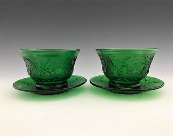 Anchor Hocking Sandwich Forest Green - Set of 2 Custard Cups and Plates