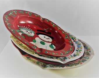 Set of 4 Vintage Tin Ashtrays - Merry Christmas Butt Catchers - Holiday Smoke Snuffers