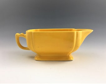 Vintage Homer Laughlin Riviera Sauce Boat - Vintage Fiestaware - Fiesta Yellow Gravy Dish