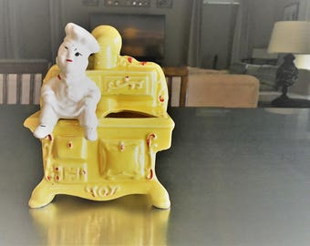 Rare Vintage Spoon Holder - Hollywood Ceramics - Dough Boy Chef On Yellow Stove