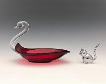 Duncan Miller Elegant Glass Swan - Ruby Red - Vintage Art Glass Swan Dish