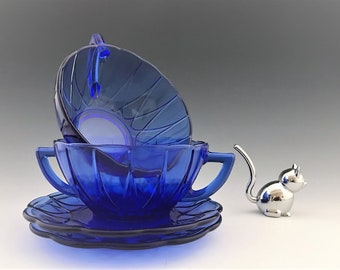 Hazel Atlas Newport Cobalt Blue - 2 Cream Soup Bowls and 2 Bread and Butter Plates - Hairpin Pattern - Cobalt Depression Glass