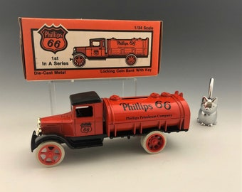 Ertl Company Die Cast Metal Locking Coin Bank With Key - 1/34 Scale Phillips 66 Tanker Truck - New In Box