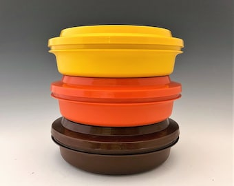 Vintage Tupperware 1206 Bowls and Lids - Set of Three Storage Containers With Lids