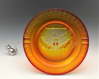 Stunning L.E. Smith Heritage American Eagle Ashtray (No. 4500) - Amberina Ashtray