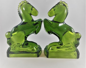 Vintage L.E. Smith Emerald Green Glass Horses - Bookends - Candy Glass