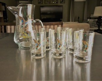 Rare Vintage Glass Pitcher and Matching Set of 6 Glasses - Ducks in Flight Motif - Mid Century Drinkware
