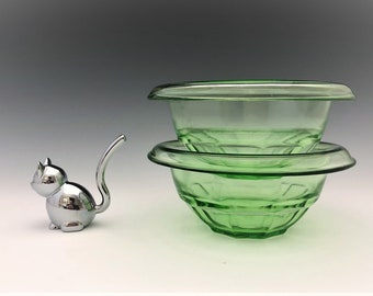 Set of Two Small Green Hazel Atlas Mixing Bowls - Rest Well Bowls - G1573 - Depression Glass Bowls -  Uranium Glass - Glowing Green Glass
