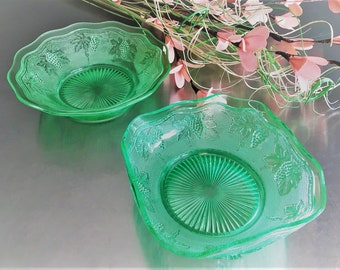Set of 2 Westmoreland Depression Glass Bowls - Pattern 89 - Woolworth Green - Stippled Grape - Oregon Grape - Uranium Glass