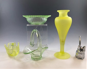 Uranium/Vaseline Glass Collector's Starter Kit - 4 Assorted Pieces of Glowing Green Glass - UV Blacklight Included