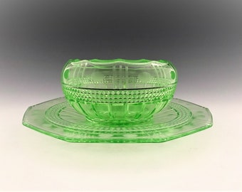 Cambridge Wetherford Green 59/89 Mayonnaise Set - Bowl and Underplate - Glowing Uranium Glass - Depression Era Elegant Glass