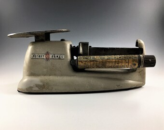 Vintage Pitney Bowes Postal Scale
