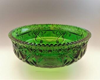 Emerald Green Fruit Bowl - Vintage Centerpiece Bowl - Kemple Glass