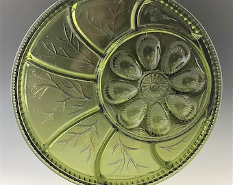 Indiana Glass Pebble Leaf Pattern - Egg Hors D'oeurve (#7074) Plate - Twiggy
