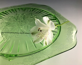 Vintage Jeannette Glass Footed Cake Plate - Adam Green Pattern - Uranium Glass - Depression Glass Dish
