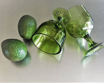 Two Vintage Avocado Green Drinking Goblets - Water Glasses - Iced Tea