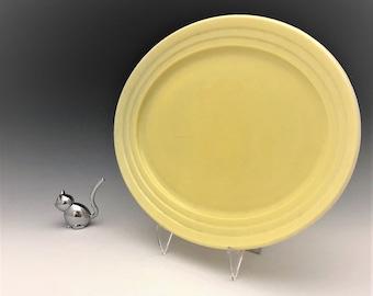 Hazel Atlas Moderntone Platonite  - Pastel Yellow 11 Inch Oval Platter
