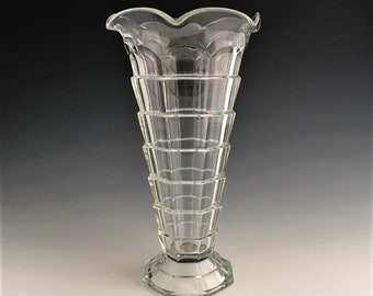 Indiana Glass Tea Room (#600) Vase - Depression Glass Vase - 9 1/2 Inch Vase With Ruffled Edge