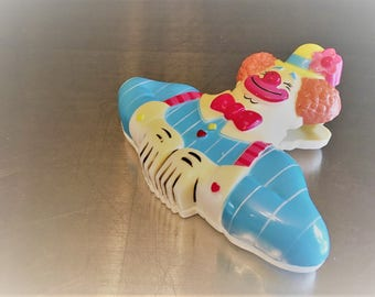 Vintage Plastic Clown Clip - Clip On Freshness Keeper - Freaky Clown Eating Your Chips