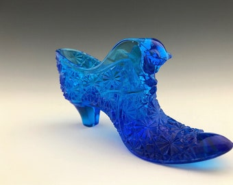Old Virginia Glass (OVG) Cat Head Slipper - Daisy and Button Pattern - Fenton Glass - Royal Blue - Sapphire Blue