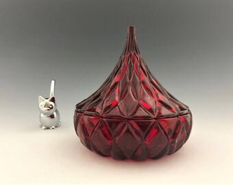 Vintage Godinger Ruby Red Lead Crystal by Shannon Designs of Ireland Crystal Hershey Kiss