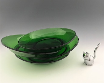 Collection of 4 Vereco Emerald Green Cereal Bowls - Made in France - 8 Inch Green Glass Bowls
