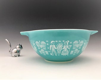 Pyrex Butterprint Cinderella Bowl - No. 442 1 1/2 Quart Bowl