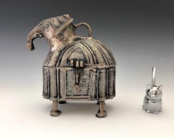 Dhokra Elephant Trinket or Jewelry Box - Hinged Hand Cast Brass - Indian Metal Craft Box