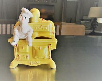 Rare Vintage Spoon Holder - Hollywood Ceramics - Dough Boy Chef On Yellow Stove