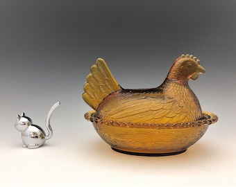 Indiana Glass Amber Hen On Nest - Chicken Lovers Unite - Covered Glass Chicken Candy Dish