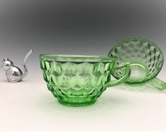 Jeannette Glass - Cube (aka Cubist) Pattern - Set of 5 Cups - Green Depression Glass - Glowing Uranium Glass
