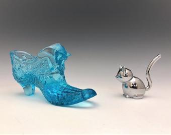 Degenhart Glass Slipper - Light Blue Daisy Button Pattern Cat Head Slipper