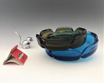 Retro Mid Century Anchor Hocking Pebble Bottom Ashtrays - Set of Two - Blue and Smoke