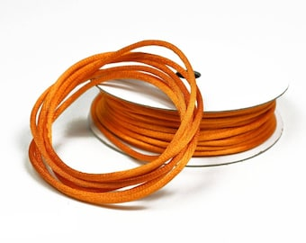 colors ORANGE 2 mm thick Rattail coil 10 m