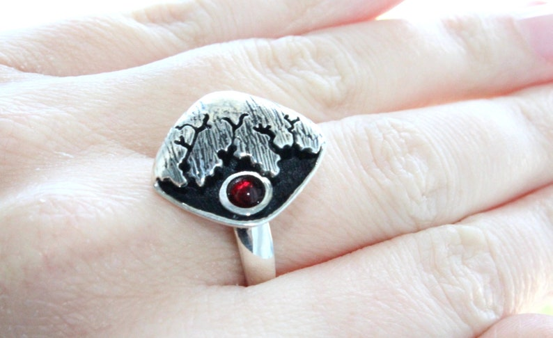 Modern ring Silver 925 Black jewelry with cracks and red stone Dark jewellery Small rings Gifts for silver lover Delicate rings for woman