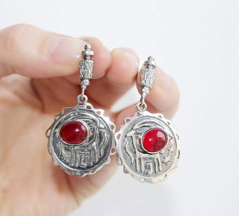 Red garnet earrings with goat Gifts for woman  STERLING SILVER 925 ethnischer Schmuck gioielli etnici bijoux ethniques argent etnische