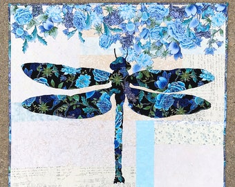 Lily Quilt Pattern / Dragonfly Quilt / Quilted Wall Hanging / Pattern / Quilt Patterns / Home Decor / Fusible Applique / Use Both Sides