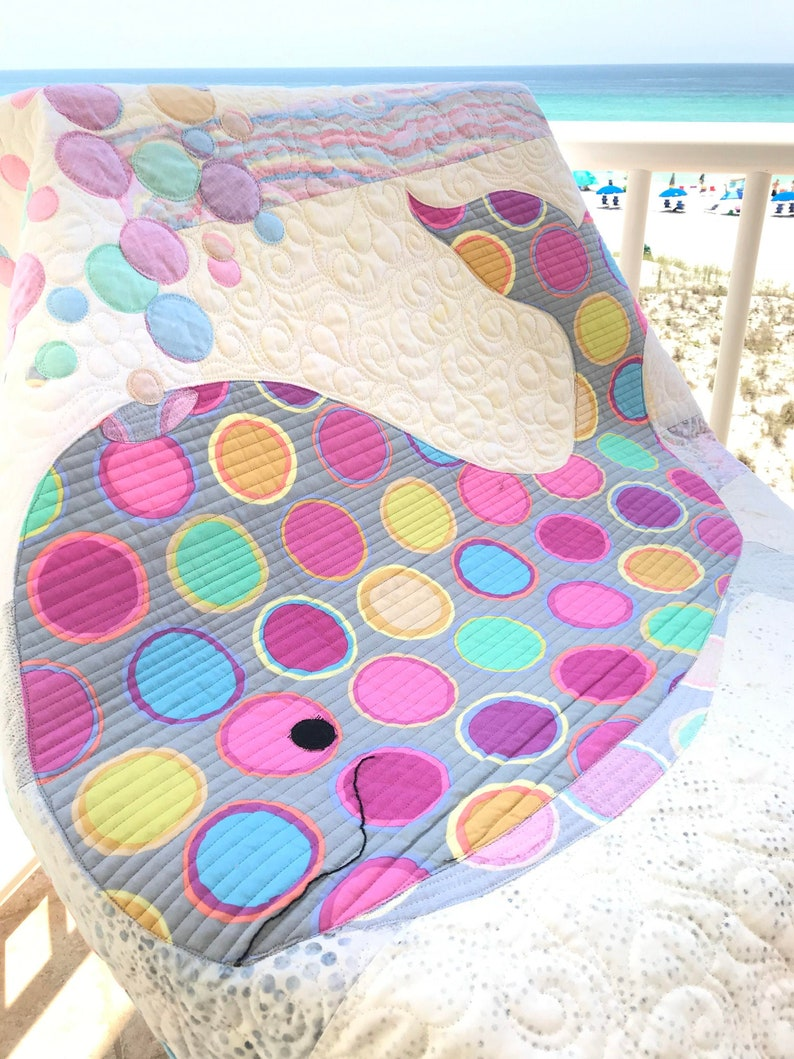 Quilt Patterns Bubbles Whale Quilt Patterns Quilted Wall image 0