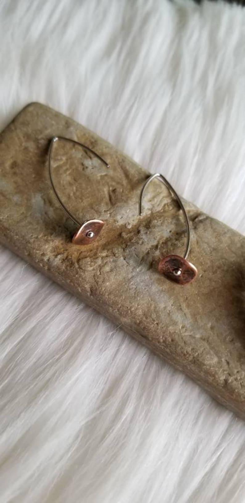 minimalist mixed metal copper flower threader earrings. Handmade