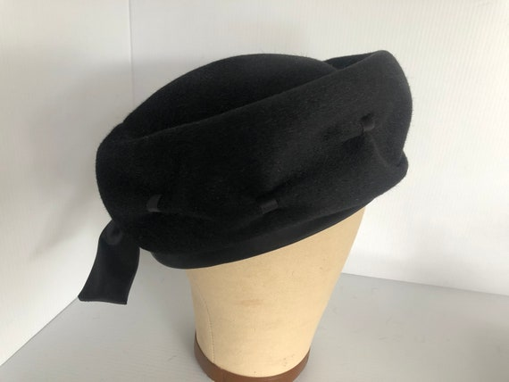 Vintage Herbert Bernard Black Felt Pillbox Hat, Cl