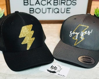 Custom Soft Baseball Cap Trumpets with Wreath Embroidery Twill Cotton