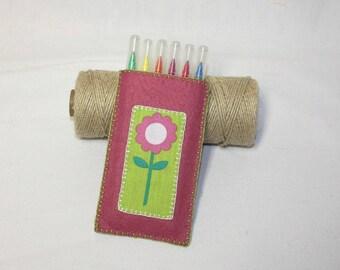 Flower pen case