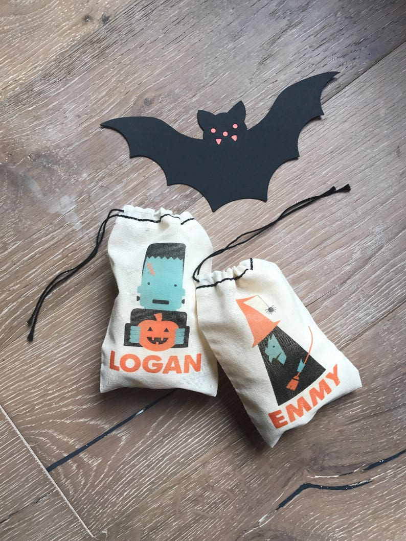Personalized Party Favor Halloween Bags \u2022 Birthday Party Favor \u2022 Customizable Gift Bags \u2022 Kid/'s Birthday \u2022 Halloween Party set of 10