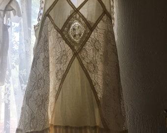 Barefoot Festival - Edwardian Inspired White Dress