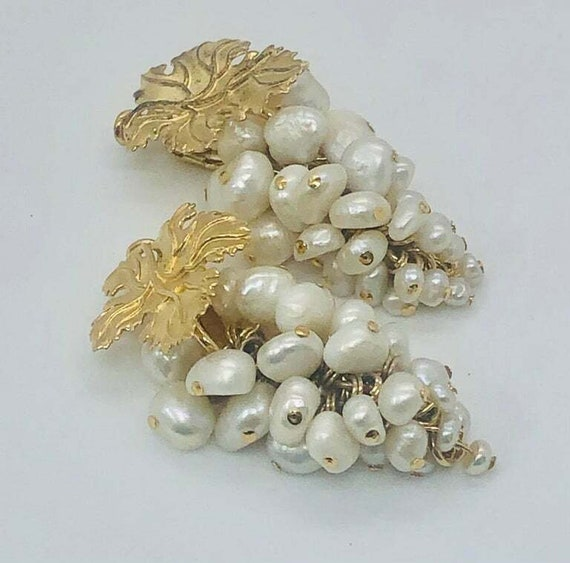 Vintage Grape Faux Pearl Earrings - image 1