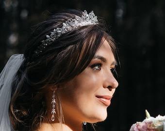 84a5dadb0e0a7 Wedding crown headpiece | Etsy