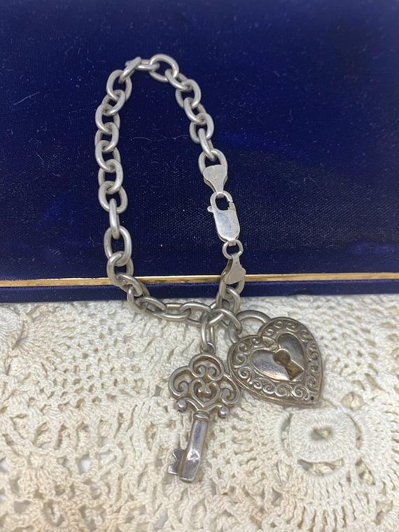 Vintage Gold Tone Dangling Heart Chain Bracelet Puffed Heart Dangle Pave Crystal Heart Charm Cable Link Bracelet