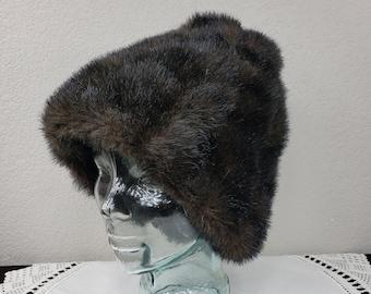 da8074ec3a7d54 Faux Fur Beehive Hat - Warm Vintage Winter Hat - 1960s Style Faux Fur Hat